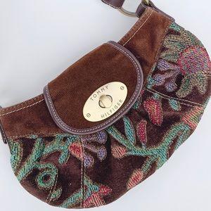 Vintage Tommy Hilfiger Corduroy shoulder bag.